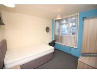 1 bedroom in St. Peters Road, Reading, RG6 (#466046)