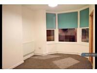 1 bedroom flat in Church Street, Paignton, TQ3 (1 bed)