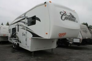 2008 Forest River Cardinal 30LE Fifth Wheel