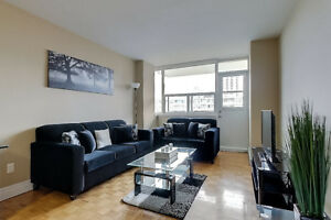 Weekly and monthly 2 bedroom YONGE + EGLINTON fully furnished.