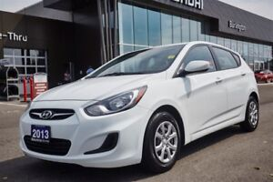 2013 Hyundai Accent ONE OWNER / CLEAN CARPROOF