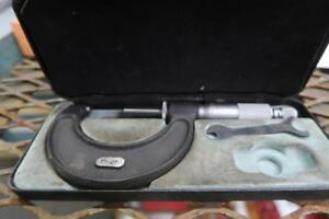 MOORE & WRIGHT Micrometer