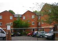 3 bedroom flat in Trinity Court, Salford, M3 (3 bed)