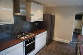 5 bedroom house in Britanni, Southsea, PO5 (5 bed)