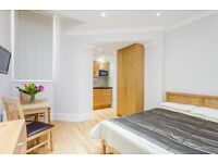 -Trendy studio on Courtfield Gardens with all bills included