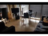 2 bedroom flat in Concordia Street, Leeds, LS1 (2 bed)
