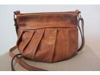 Italian Leather Cross Body Bag – Christmas Ideas
