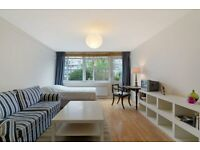 Fantastic Studio With Some Bills Included**Private Garden**Secure Building**Minutes walk to Pimlico!