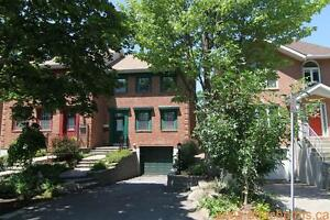 """2 MONTHS FREE"" Carleton Heights/Nepean 3 bedroom Townhome"