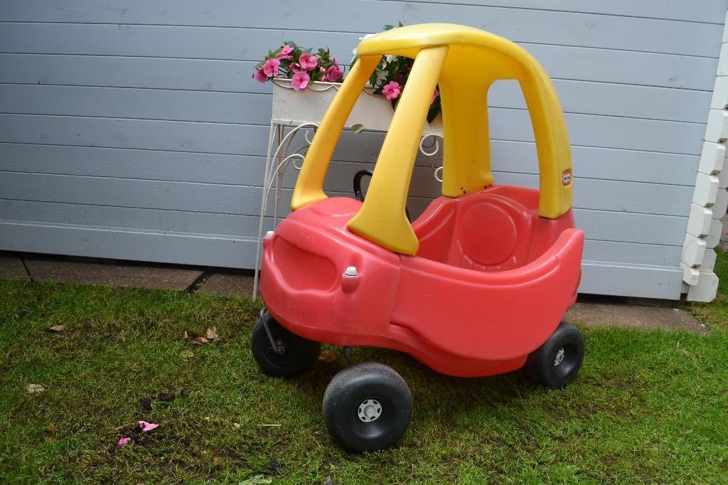 Little tikes ride on cozy coupe garden children toys car push along