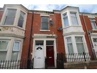 3 bedroom flat in Ladykirk Road, Benwell