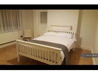 1 bedroom in Wanstead Park Road, Ilford, IG1