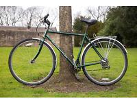 Claud Butler Legend Retro road bike,54cm frame, 21 speeds, with Mudguards, Pannier Rack, city centre