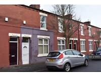 2 bedroom house in Leslie Street, Manchester, M14 (2 bed)