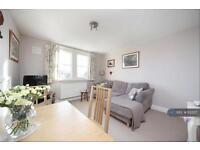 2 bedroom flat in Telford Avenue, London, SW2 (2 bed)