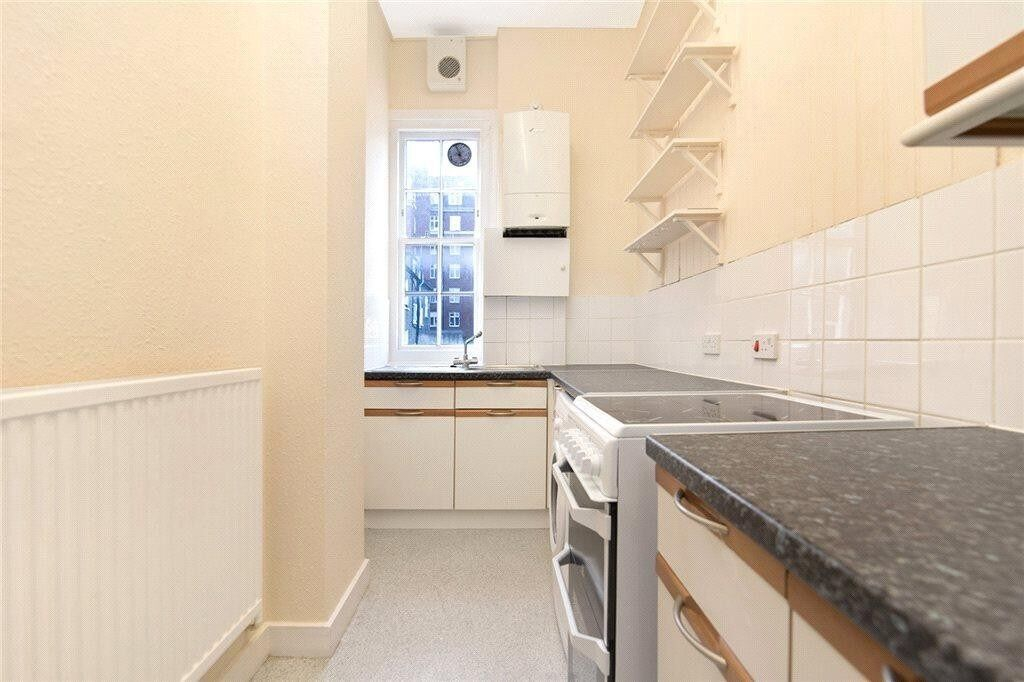 **Large 2 double bedroom private build fitted kitchen family bathroom neutral décor available NOW**