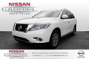 2013 Nissan Pathfinder SV 4WD NEVER ACCIDENTED/CLEAN CAR/ SV AWD