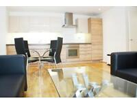 A luxury 6th floor 2 double bedroom 2 bathroom apartment with stunning views.