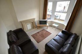 6 bedroom house in Llantwit Street, Cathays, Cardiff