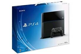 Playstation 4 500GB + 4 Top Games + 2 Controller's + Turtle Beach PX4 Headset