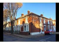 3 bedroom house in Frensham Road, Southsea, PO4 (3 bed)