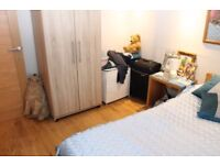 Double room available for single person - live-in landlady