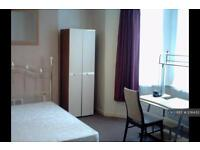 2 bedroom flat in Clytha Sq, Newport Gwent, NP20 (2 bed)