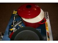 CAST IRON SAUCEPAN WITH LID, FRYING PAN AND GRILL PAN