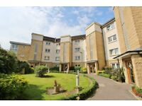 Very spacious modern FURNISHED ground floor flat with private parking - Gorgie Road