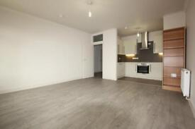 2 bedroom house in Brent Street, Hendon NW4
