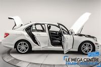 2012 Mercedes-Benz C-Class C250 4MATIC, CUIR, BANCS CHAUFFANTS,