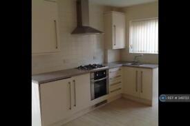 3 bedroom house in Swinton Crescent, Bury, BL9 (3 bed)