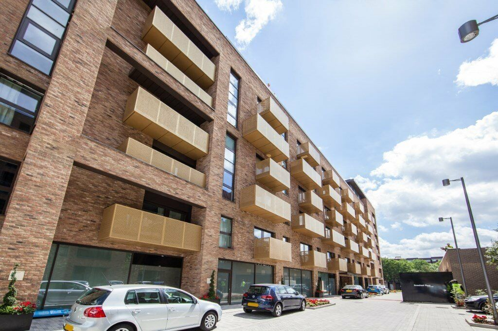 VACANT - VIEW NOW! 840sq ft FURNISHED 2 DOUBLE BEDROOM 2 BATH APARTMENT IN SURREY QUAYS SE8