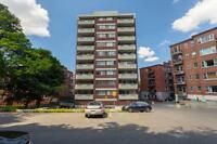 Jr. 1 Bdrm available at 4760 Chemin de la Côte-des-Neiges