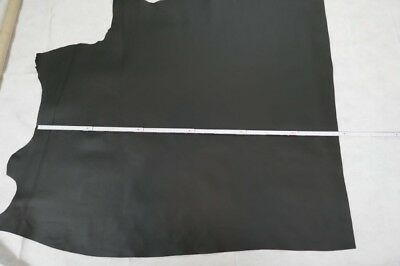 Lederhaut schwarz, ca. 1 qm,B. ca. 90/100, L. ca. 100/120 cm, Stärke 1,1-1,3 mm Leder Haut