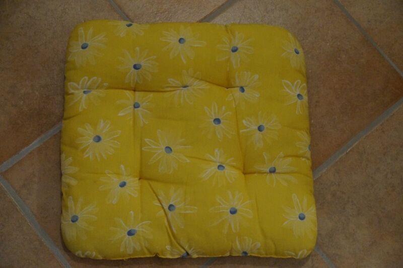12 sitzkissen in wuppertal elberfeld ebay kleinanzeigen. Black Bedroom Furniture Sets. Home Design Ideas