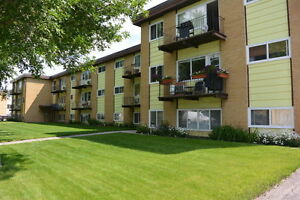 2 Bedroom Apartment in South Regina - 4045 Robinson St.