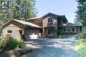 237 Bulman Rd Salt Spring Island, British Columbia