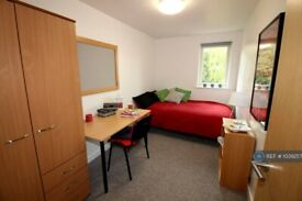 7 bedroom flat in Arwen Lodge, Winchester, SO22 (7 bed) (#1039257)