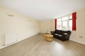 Stunning two bedroom, two bathroom apartment opposite LONDON FIELD GYM and CONCIERGE