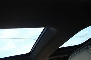 2011 Ford Explorer Limited V6 even has dvd head rests . Peterborough Peterborough Area image 8
