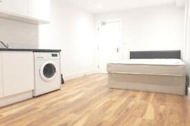 Studio flat in London, E2