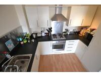 2 bedroom flat in Overstone Court , Cardiff Bay,