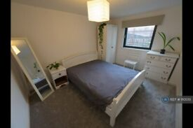 1 bedroom flat in Ibex House, London, E15 (1 bed) (#1110051)