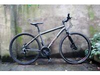 VOODOO MARASA. 18 inch, 46 cm. Aluminium mens hybrid bike, 27 speed, hydraulic disc brakes