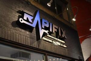 *** iPHONE REPAIR MONTREAL *** -  BEST PRICE GUARANTEED - 1-855-RAP-IFIX - Repair * iPhone * iPod * iPad *