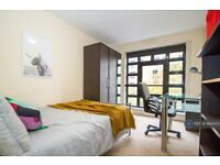 4 bedroom flat in York Road, Leicester, LE1 (4 bed) (#945503)