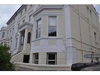 Studio flat in St Marks Hill, Surbiton, KT6