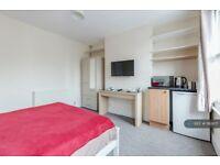 1 bedroom in Woodford Road, Watford, WD17 (#1182671)