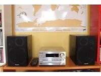 Panasonic DAB micro hi-fi system with iPhone / iPod Dock very good condition